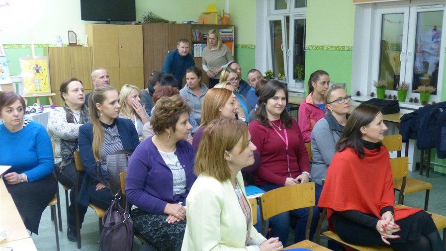 Spotkanie z dzielnicowymi w Szkole Podstawowej w Krosnowicach